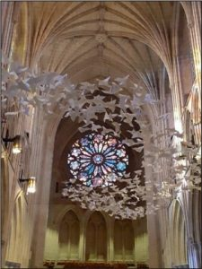 Les Colombes von Michael Pendry, National Cathedral, Washington DC